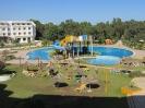 Горки и бассейн в отеле